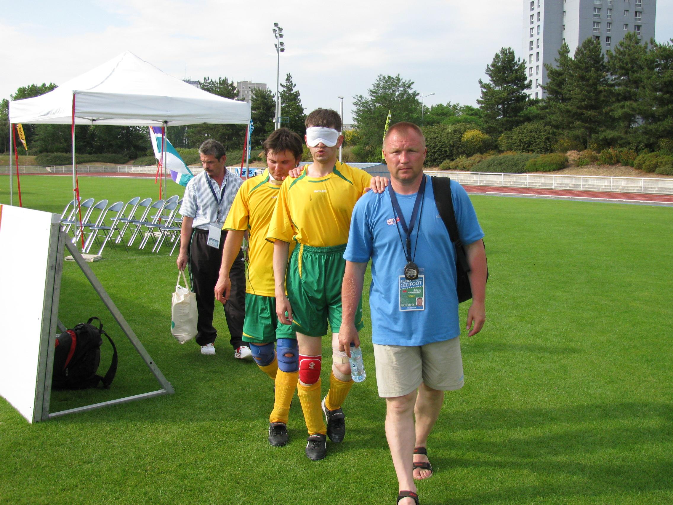 Олег Кириллов на поле